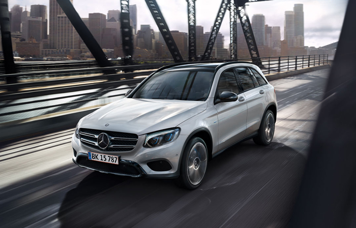 mercedes_benz_business_solutions_glc_700x450_01