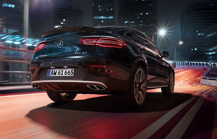 mercedes_benz_business_solutions_glc_coupe_700x450_03