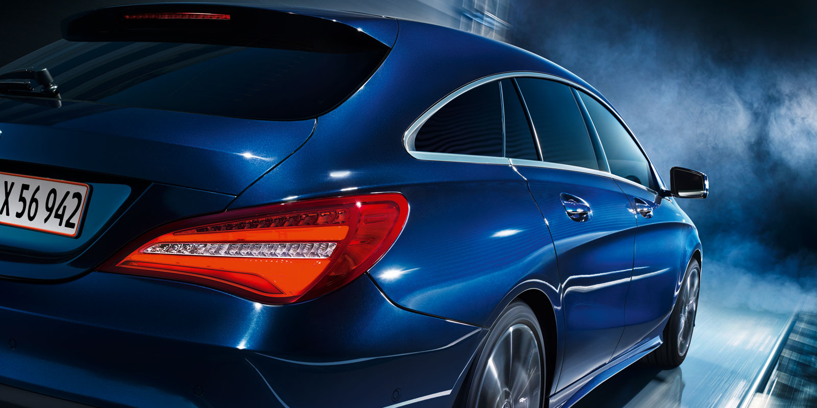 mercedes_benz_business_solutions_cla_shooting_brake_1600x800_02